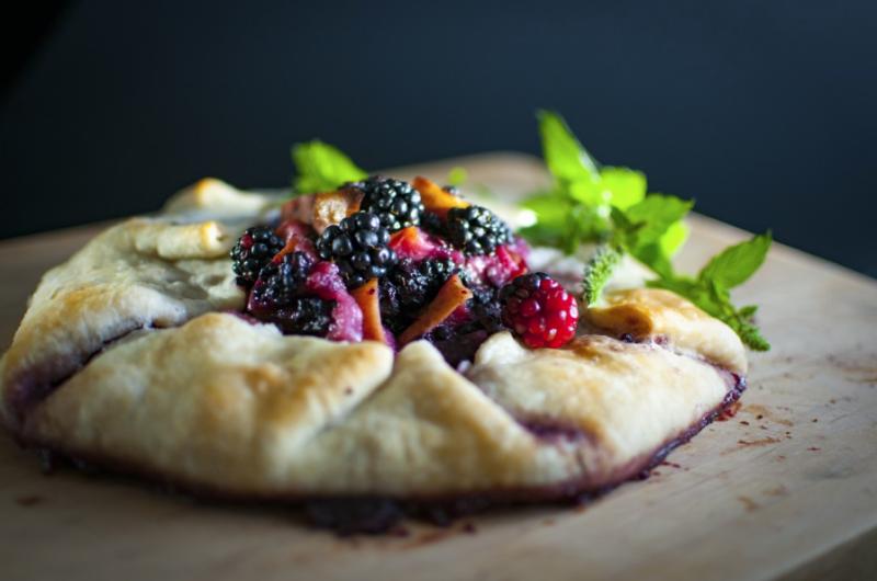 Smoky Blackberry Basil Flatbread